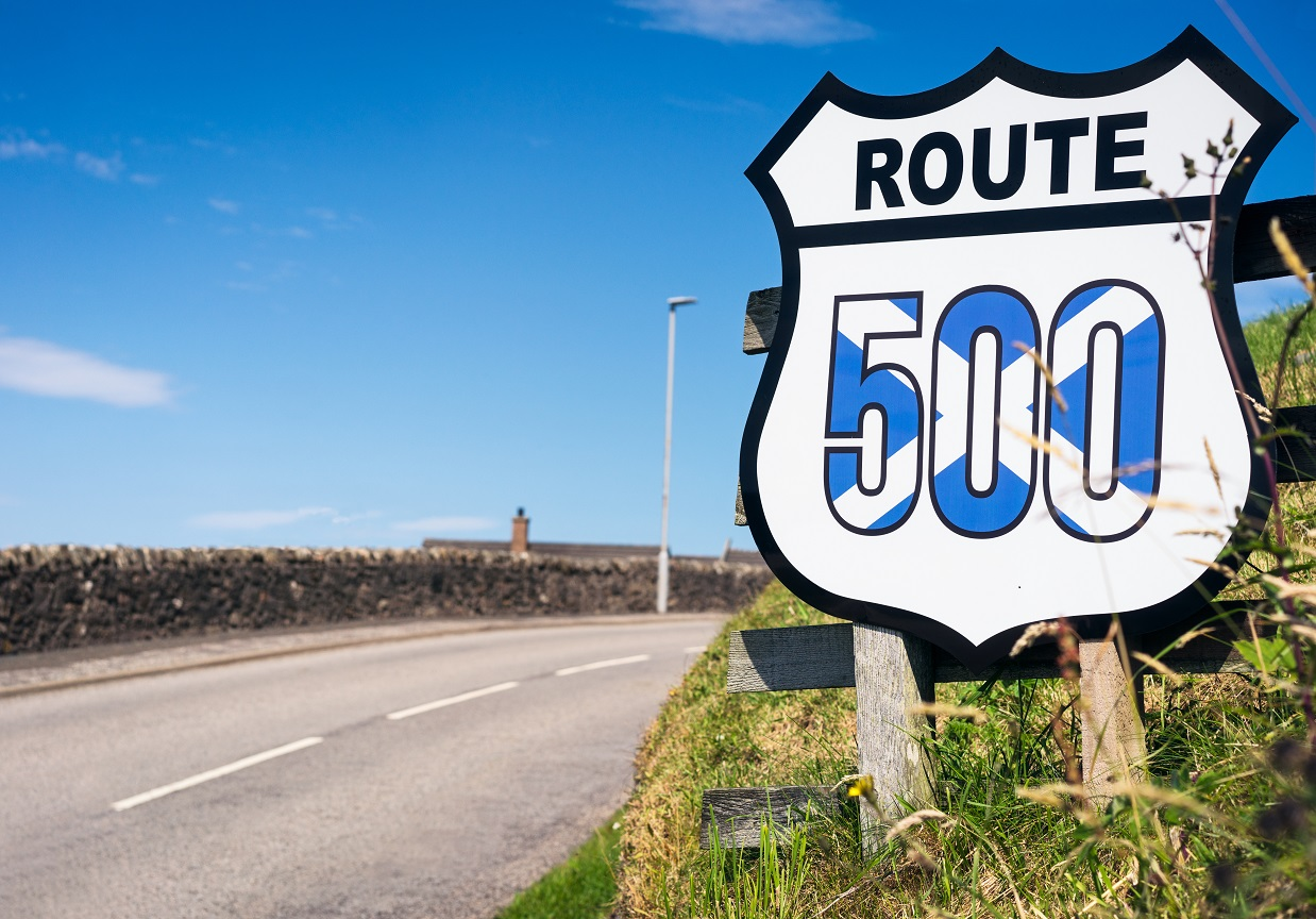 Route 500 sign next to road